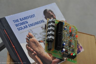 Solar Cell and instruction book for grandmothers