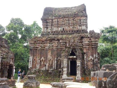 vietnam-hoian-mysontemple-1