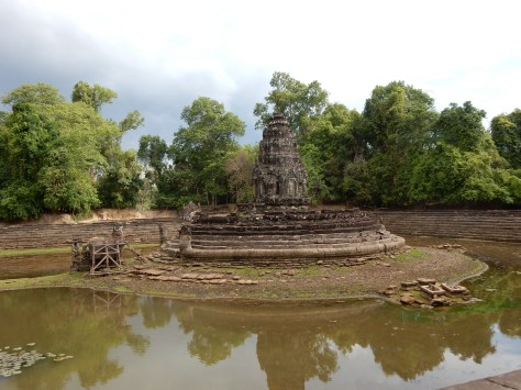 cambodia-siemreap-preahneakpean-1