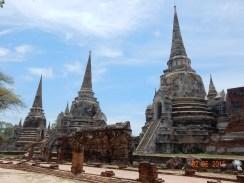 travel-guide-ayutthaya-thailand-wat-phra-si-sanphet-1