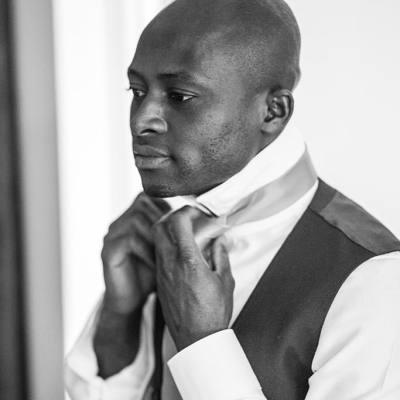 Norfolk wedding photographer – black and white groom prep