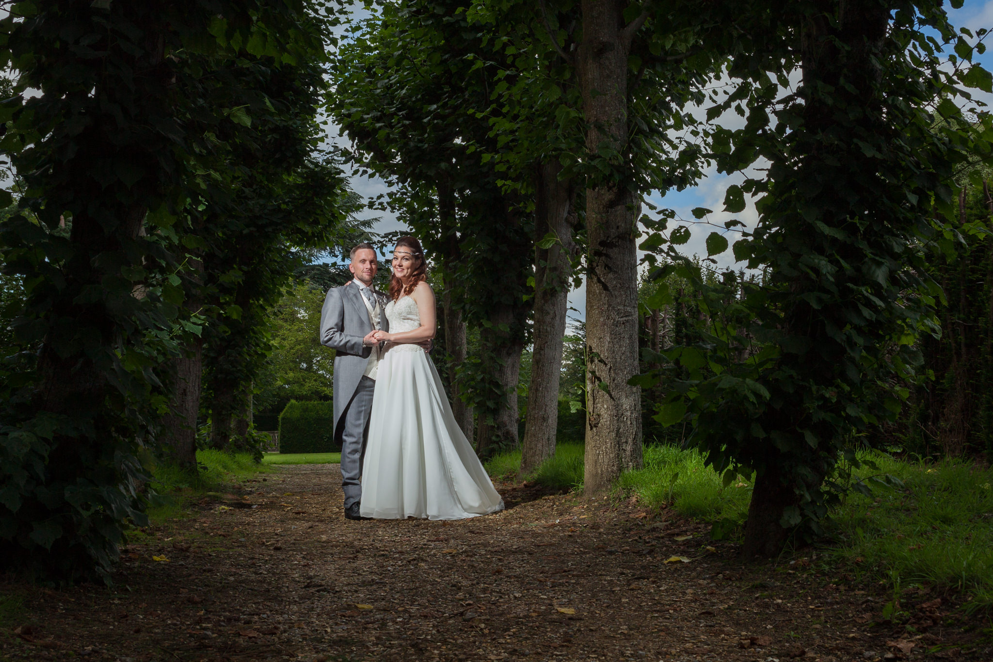 Norfolk wedding photographer slideshow archway
