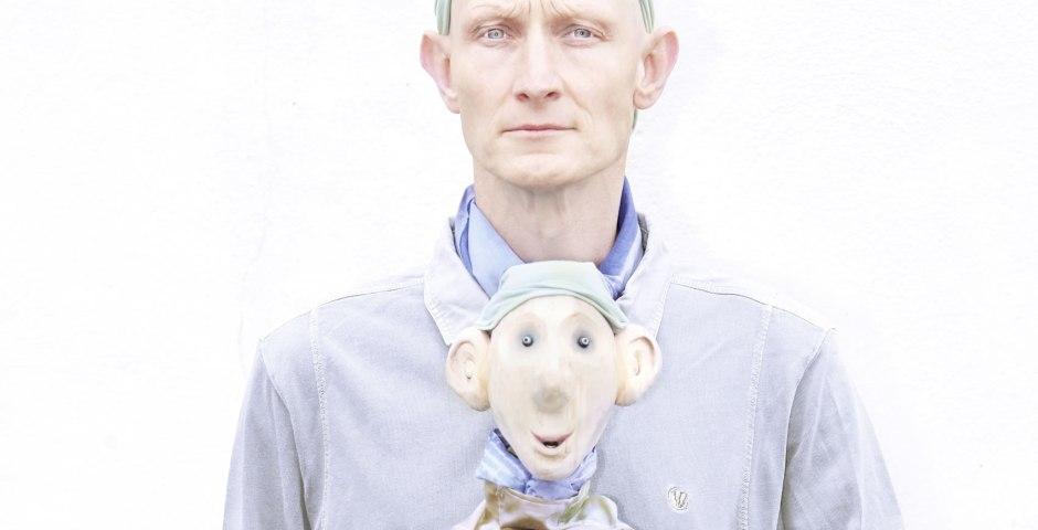 Daniel Lampen - Puppeteer