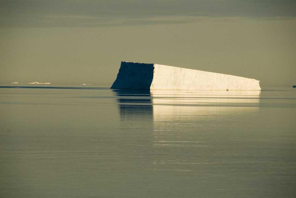 larsen-ice-shelf-remnant.jpg