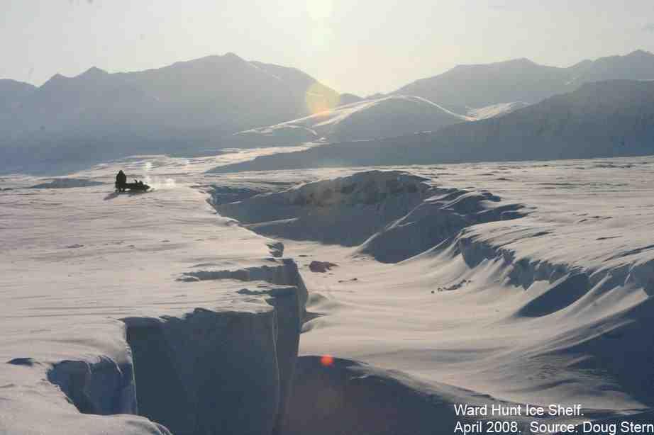 ward-hunt-ice-shelf-april-08-sml