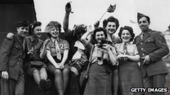 63851633_veday_getty3276271
