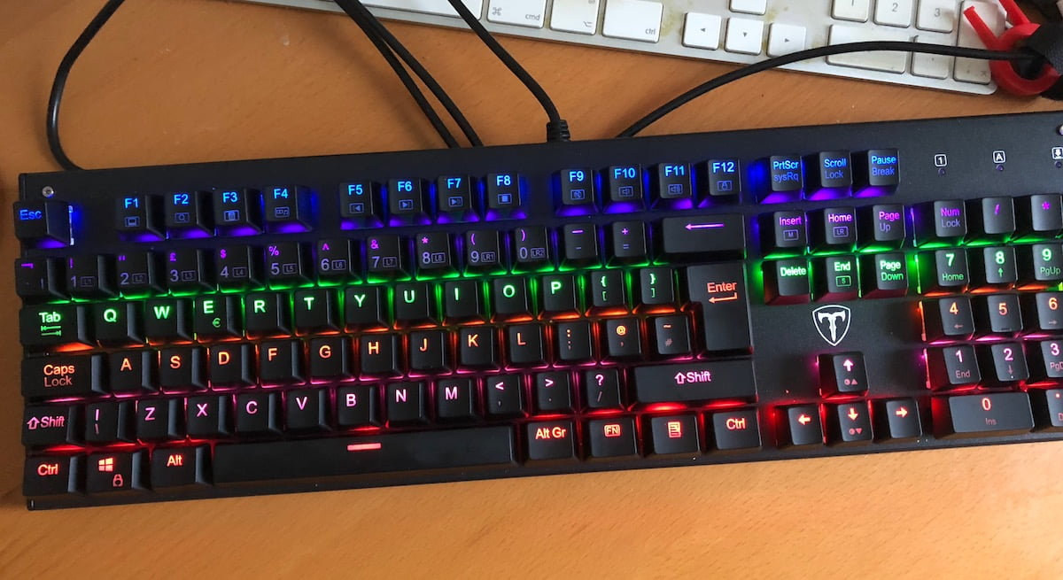 TopElek Mechanical Gaming Keyboard with Blue Switches and 6-color Backlight