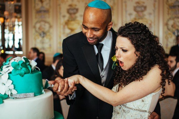 Wedding cake cutting Vetro NYC - Stephen Tang Photo
