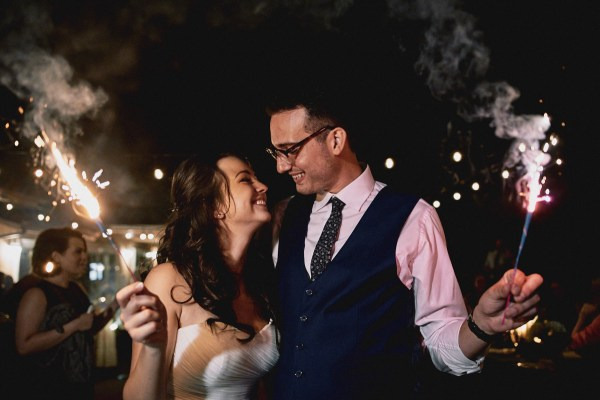 Low-key Fullteron backyard wedding