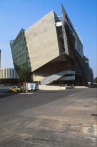 UFA Cinema Centre by Coop Himmelb(l)au 07_Stephen Varady Photo ©