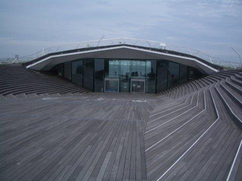 Yokohama Port Terminal by Foreign Office Architects 45_Stephen Varady Photo ©