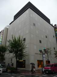 Louis Vuitton, Ginza Namiki by Jun Aoki 01_Stephen Varady photo ©