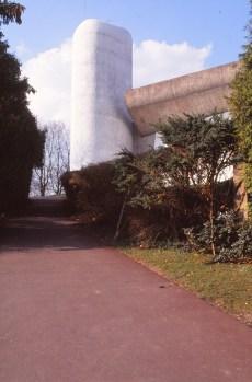 ronchamp-chapel-by-le-corbusier-15_stephen-varady-photo