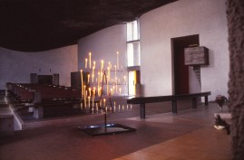 ronchamp-chapel-by-le-corbusier-63_stephen-varady-photo