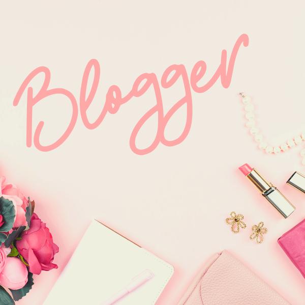 Pretty Blog Flatlay