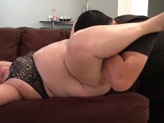 stepmom cleaning and I have her come by licking