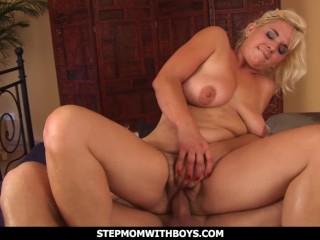 StepmomWithBoys Pussy Fisted Blonde Stepmom