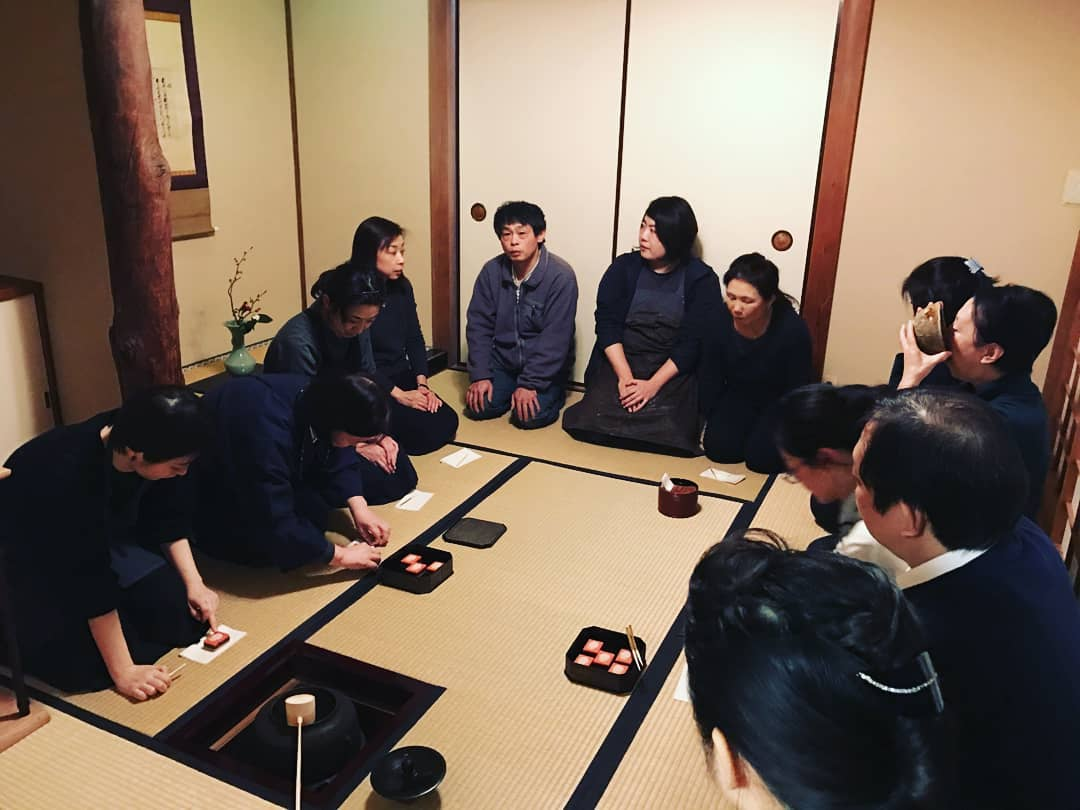 Japanese Culture Etiquette Tips For Visiting Japan Step Out Of My Office