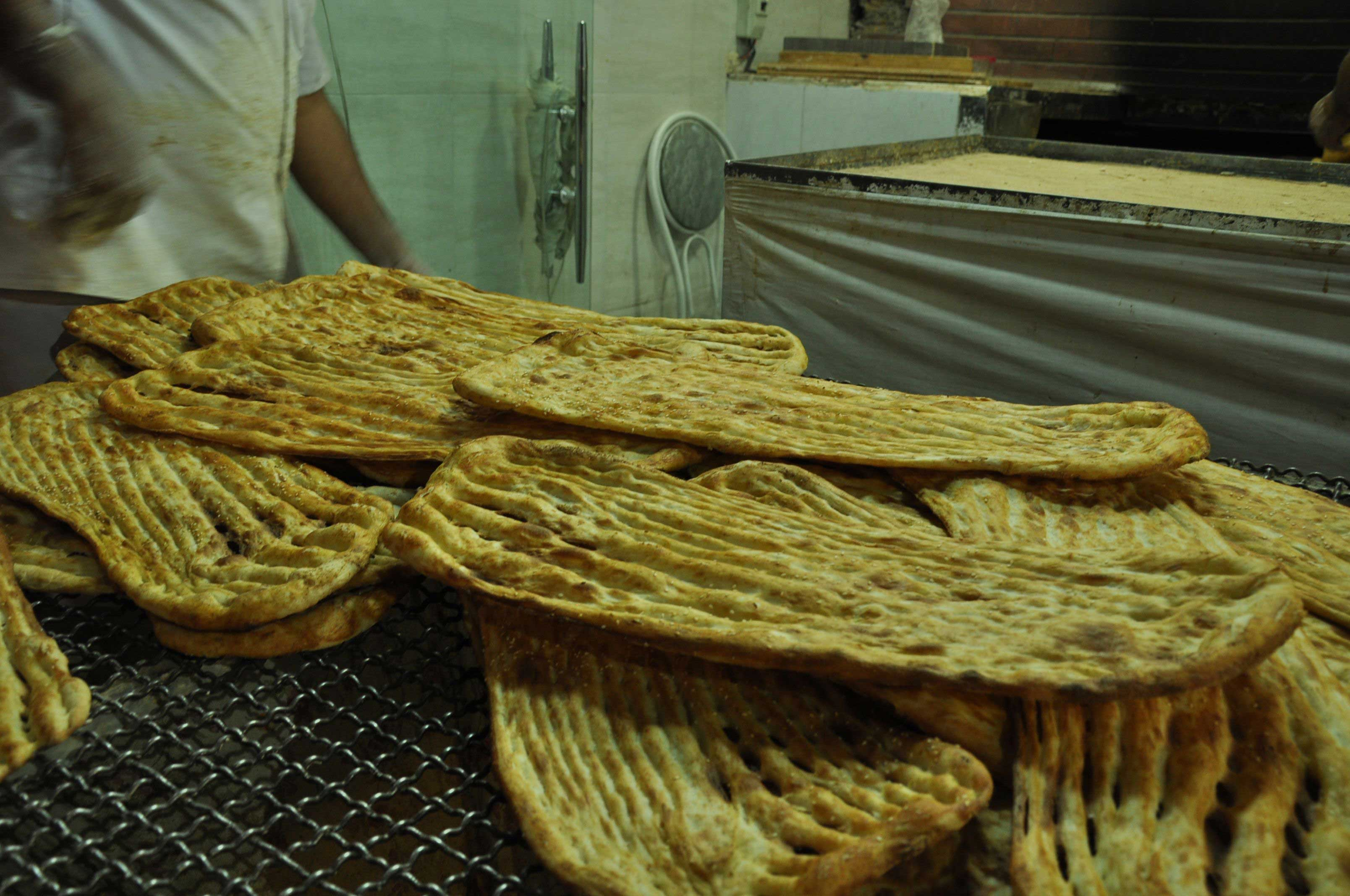 Bread in Iran… a delicious experience!