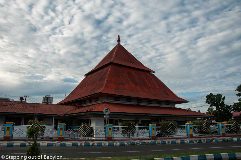Majid Jamik design by the President Soekarno that can be considered the center of Bengkulu