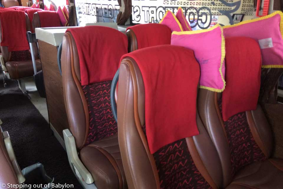 "comfortable ""executive"" bus, where the blankets ar really necessary due to the low temperature of the air-conditioner"