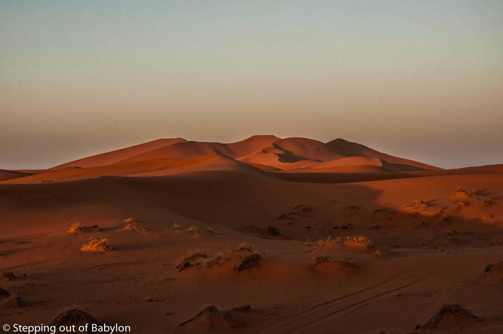 Erg Chebbi at the first sun ray... despite being spoiled by tourism the desert always has its magic