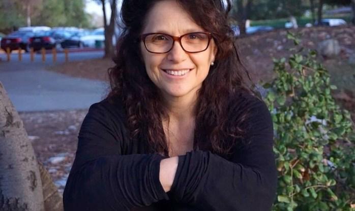 Leah Zimmerman Headshot