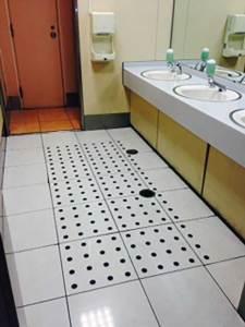 ジャスコ トイレ床(グリシール30φ)