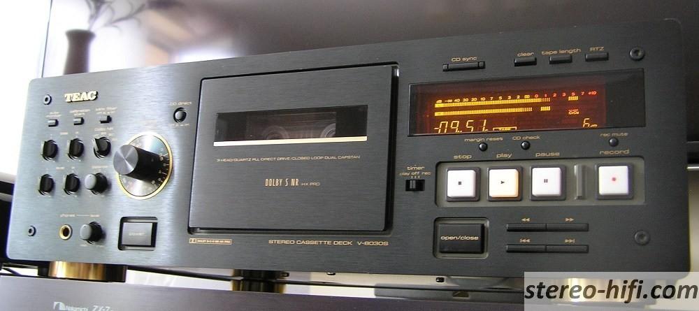 Teac V-8030S front