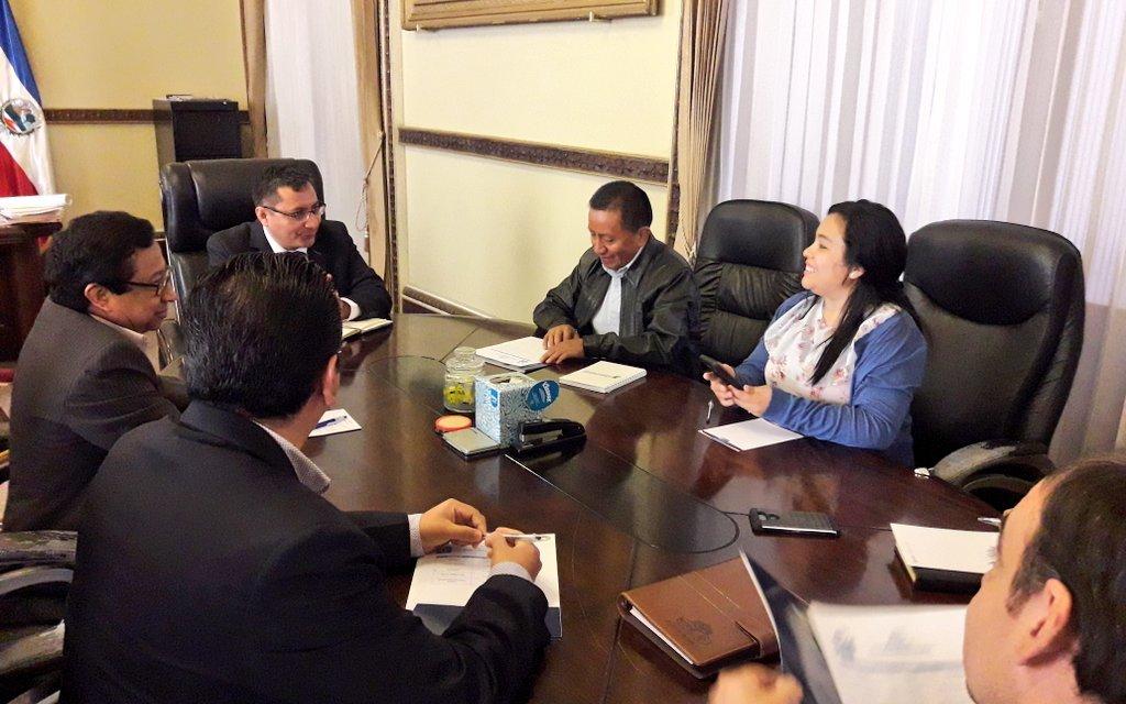 «Venimos con el gobernador ya que estamos preocupados por la inseguridad en el municipio»