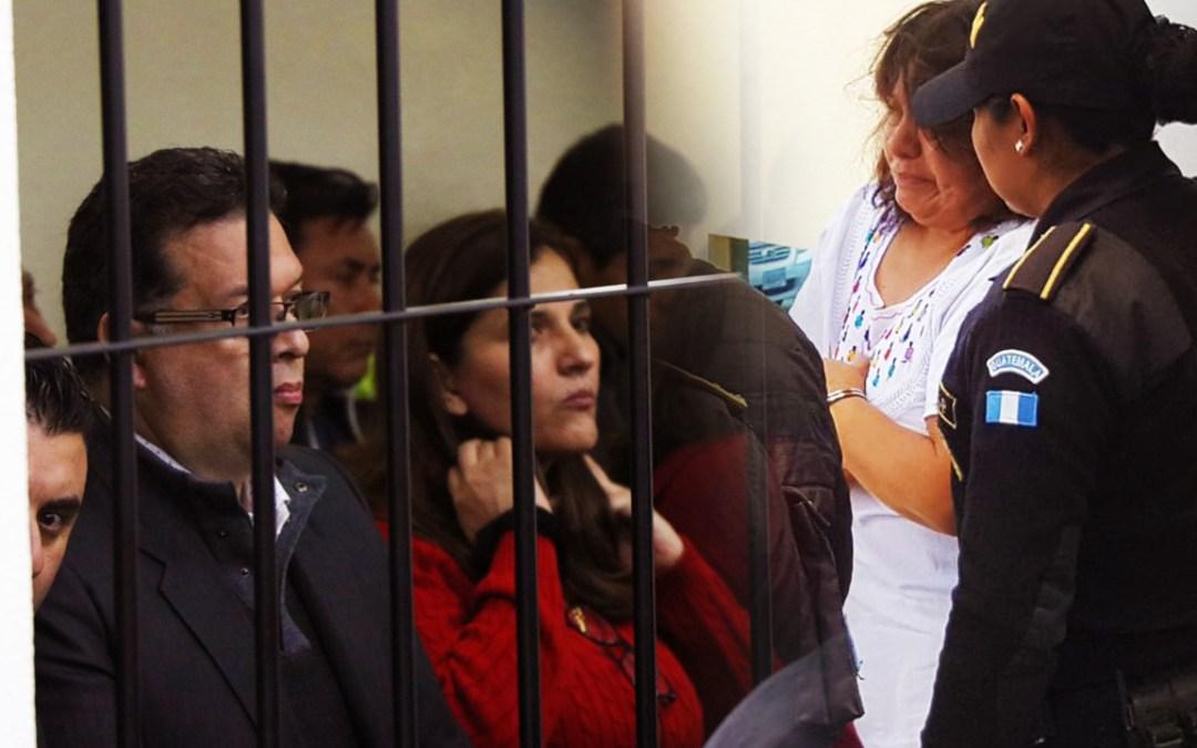 Ligados a proceso por caso de corrupción en la Municipalidad de Quetzaltenango, son beneficiados con medidas sustitutivas