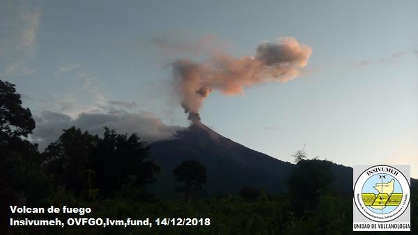 Reporte del INSIVUMEH, sobre actividad en el Volcán de Pacaya y Santiaguito