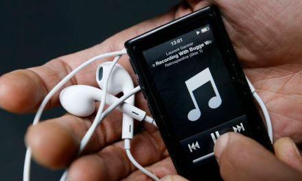 Escuchar música puede aliviar el dolor de los pacientes con cáncer: estudio