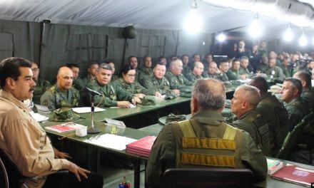 """Funcionarios de Maduro han """"continuado comunicándose"""" con gobierno de EE.UU."""