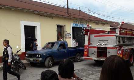 Dos heridos deja explosión por fuga de gas