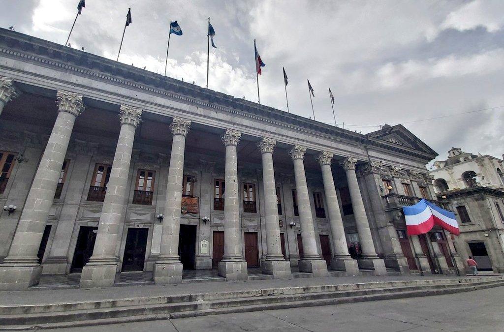 Tres exconcejales siguen sin liquidar más de Q500 mil por gastos de feria