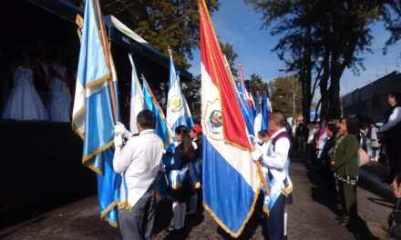 Con desfile de Primaria inicia Xelafer 2019