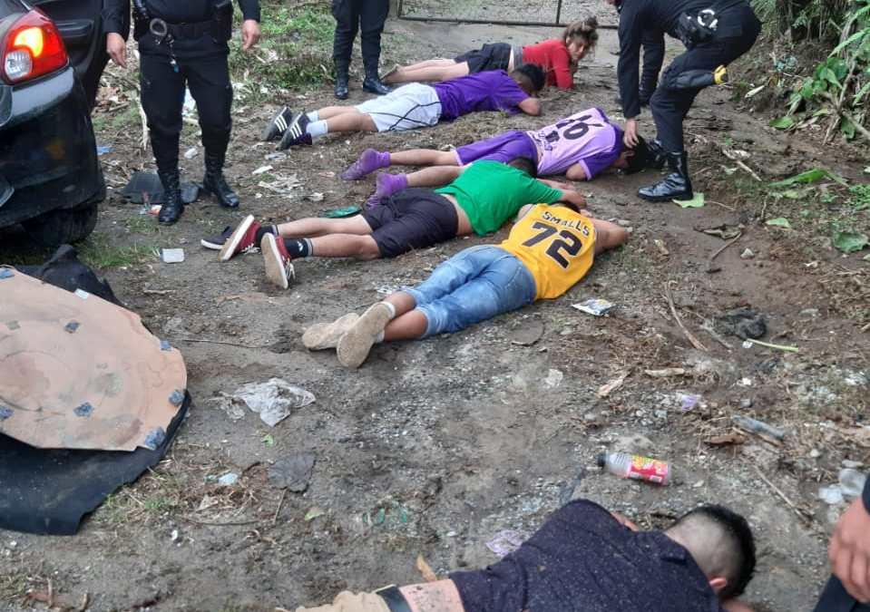Capturan a seis presuntos sicarios en Colomba Costa Cuca