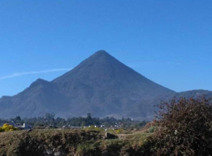 Riesgo por terreno vulnerable en volcán Santa María