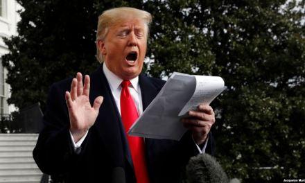 Trump insiste en exoneración ante un testimonio sorprendente y contradictorio