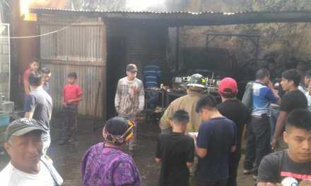 Incendio en Almolonga deja unos Q40 mil en pérdidas