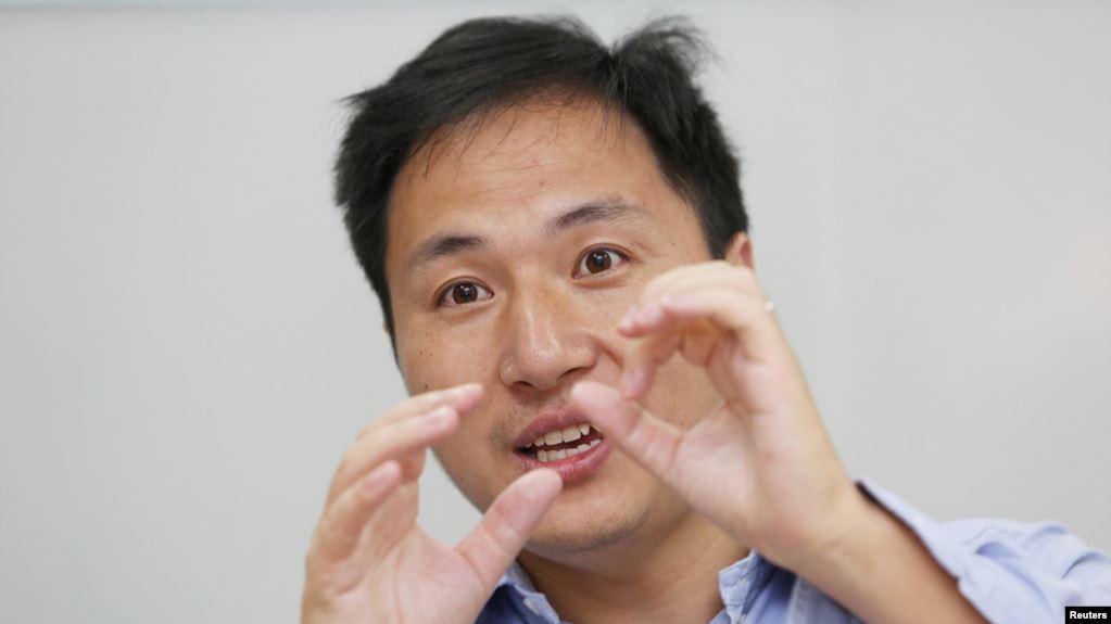 Tres años de cárcel para científico chino que manipuló genes humanos