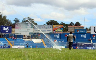 Fútbol en el Camposeco, en Navidad. Liga de Guatemala reprograma partidos