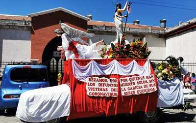En procesión envían emotivo mensaje en medio de la pandemia del COVID-19