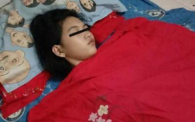 Joven duerme hasta 13 días seguidos; la bautizan como 'La bella durmiente de la vida real'