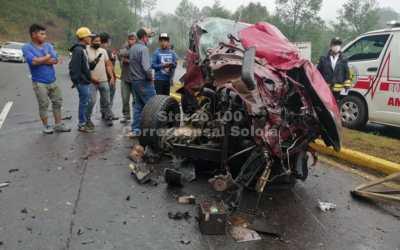 Menor de 11 años conducía un vehículo que impactó contra un camión. Falleció por los múltiples golpes