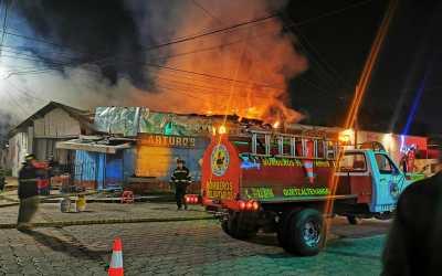 Incendio en comercio de la zona 3 de Quetzaltenango