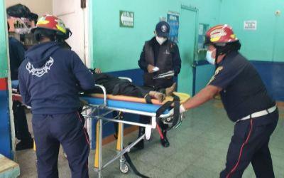 Hombre muere en el ingreso a hospital