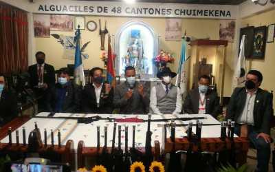 Silla de Atanasio Tzul ya es exhibida por la organización de los 48 Cantones en Totonicapán