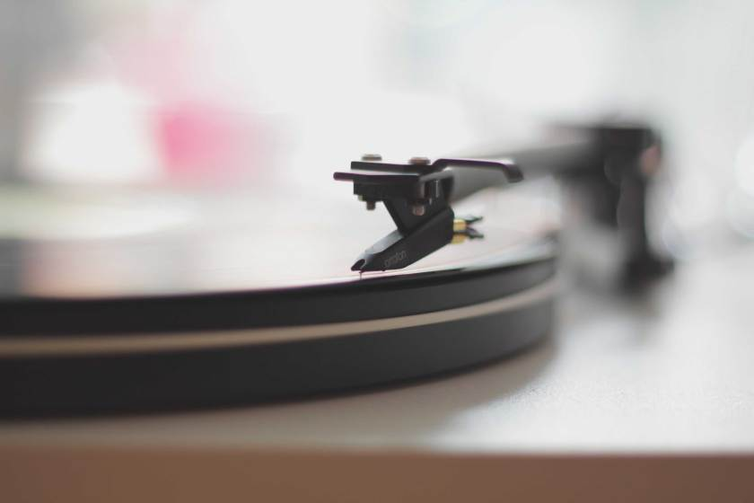 How-to-Replace-a-Turntable-Needle